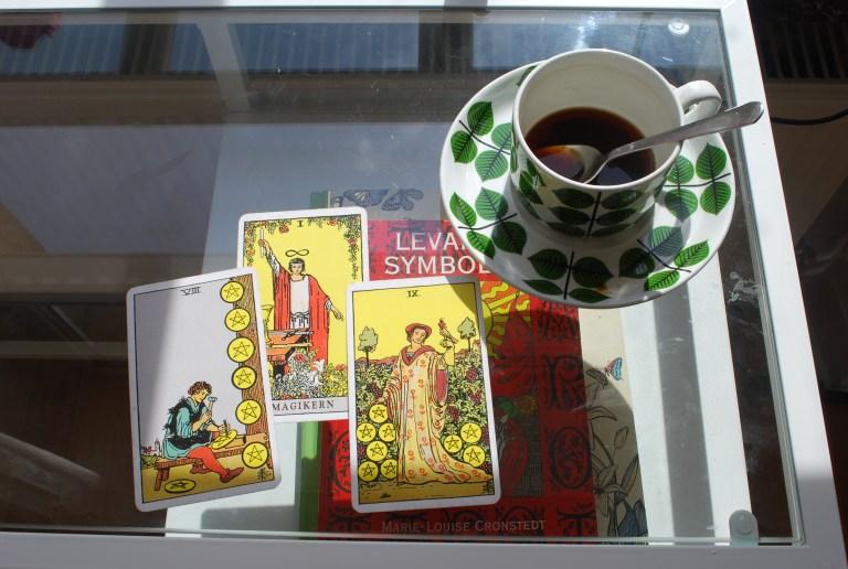 Tarot för att kika in under medvetandets tröskel